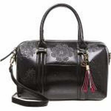 sac desigual bols rotterdam sac desigual fabrique en chine sac a langer desigual. Black Bedroom Furniture Sets. Home Design Ideas